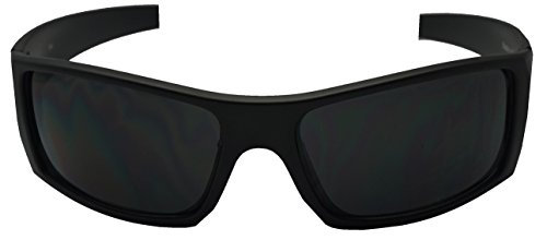 93804db70f3 Outdoor enthusiasts who benefit the most from polarized sunglasses include  boaters